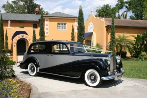 1957 Rolls Royce -one way only - I Drive, LBV and Disney (hotel stays only)