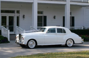 1965 Rolls Royce Silver Cloud - one way hire I Drive, LBV & Disney area (hotel stays only)