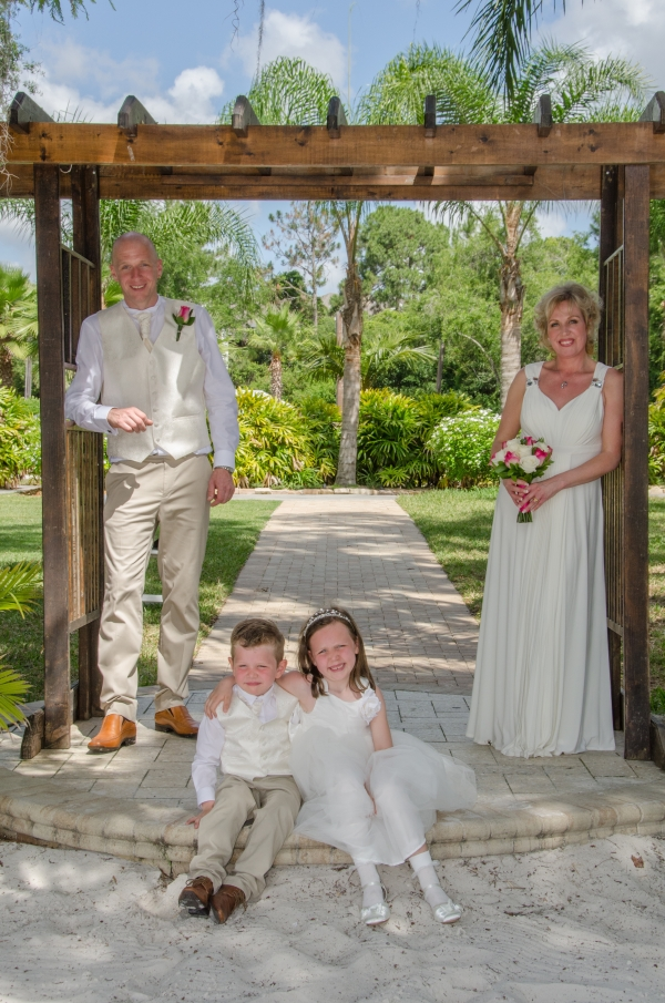 Paradise Cove Beach Weddings Orlando